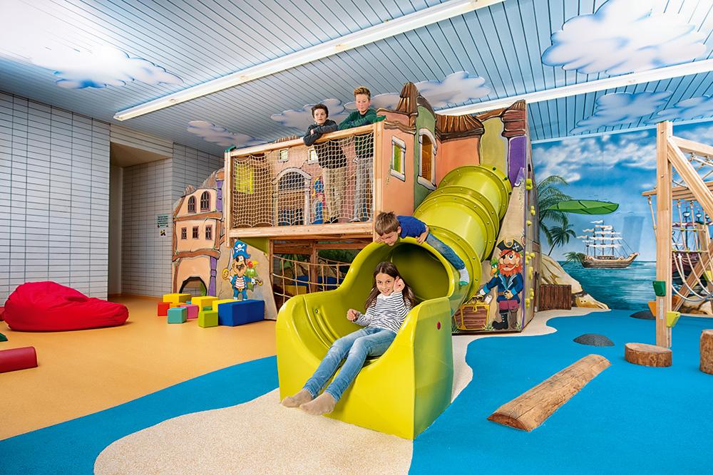 Home architektur f r krippe kindergarten schule und freiraumgestaltung - Architektur fur kinder ...